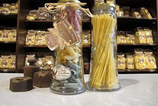 La-Fabbrica-della-Pasta-di-Gragnano.jpg